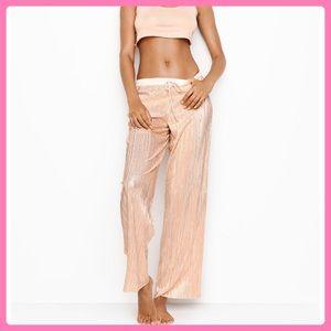 New Victoria's Secret Gold Shine Pleat Pants